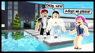 I ADOPTED A STRANGER & SHE STOLE EVERYTHING FROM ME! - Roblox