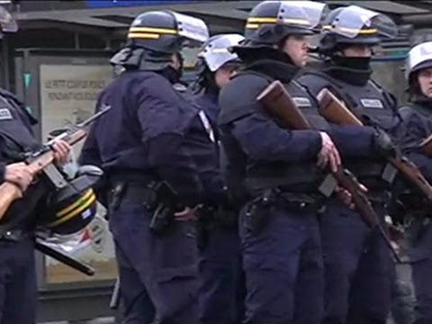 Raw: French police swarm near hostage situation