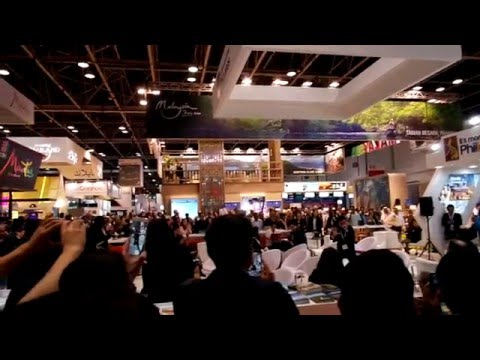 Neil Rey Garcia Llanes Beat-Boxing LIVE at PHILIPPINES Stand Arabian Travel Market Dubai