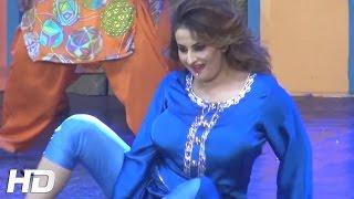AGAN LAGIYAN - SEXY AFREEN KHAN - 2017 PAKISTANI MUJRA DANCE