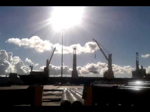 ship crane time lapse