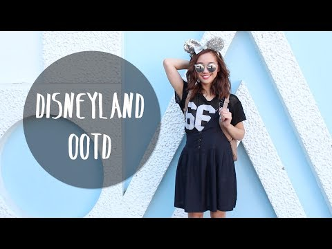 Jenn Goes to Disneyland