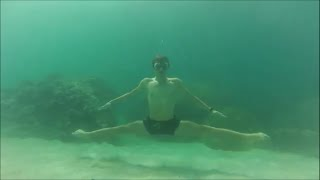 Yoga in water - Йога в воде
