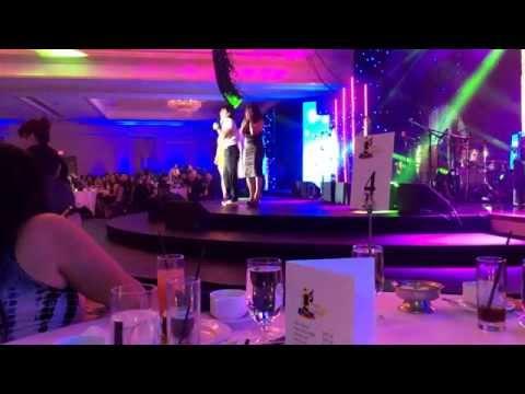 Adrian Uribe en concurso septima convencion de monitorLATINO