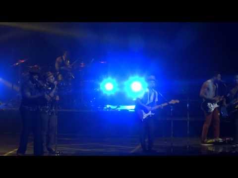 Bruno Mars - The Lazy Song - Arena Ciudad De México - (02-sep-2014) video