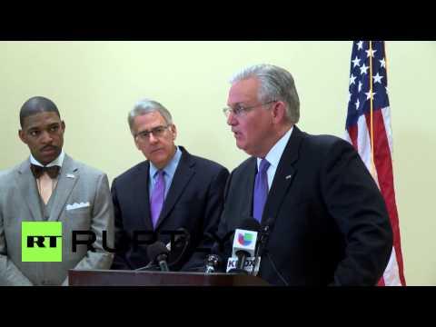 USA: Ferguson awaits jury's decision on Michael Brown shooting