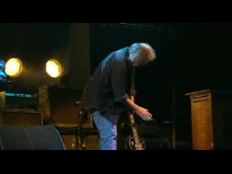 Neil Young Live Glastonbury 2009 BBC Broadcast - 05 A Day In The Life