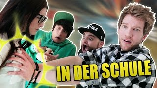 PEINLICHE SCHUL-STORIES (feat. ApeCrime) | Julien Bam