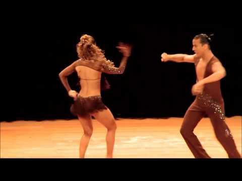 Латиноамериканские танцы, как они быстро танцуют!