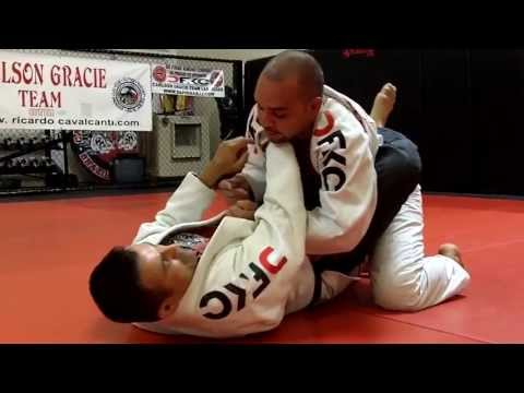 Jiu Jitsu Techniques - Lapel Choke From Inside The Guard Image 1