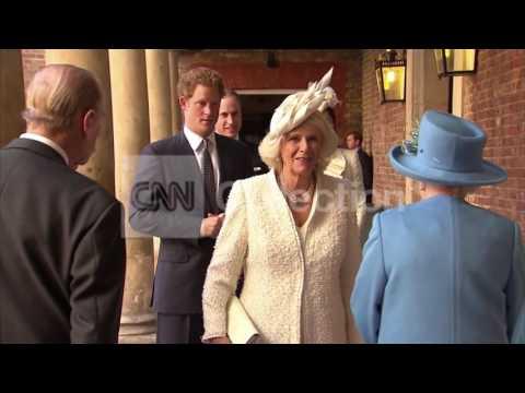 UK:PRINCE GEORGE CHRISTENING ROYAL FAMILY ARRIVES