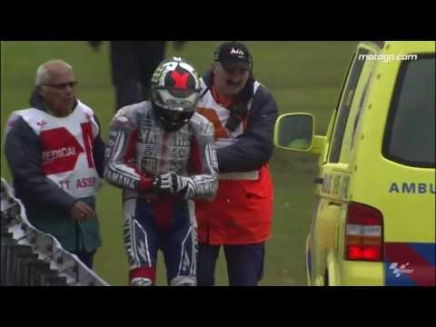 Lorenzo breaks collarbone in heavy Assen crash