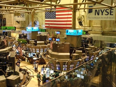 how does floor trading work on the new york stock exchange