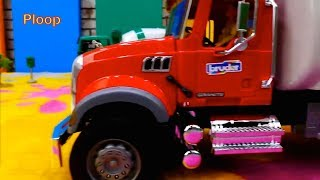 TRIPPING TRUCKS - Bruder Toy Trucks RESCUE - Lighting McQueen Toy Cars videos for kids