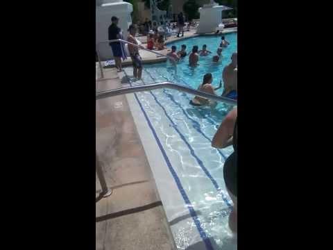 Pool Paris Hotel, Las Vegas, U.S.A.