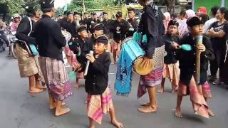 Download Lagu Musik Tradisional Lombok Timur.... Tongkek Bagek Longgek Gratis STAFABAND