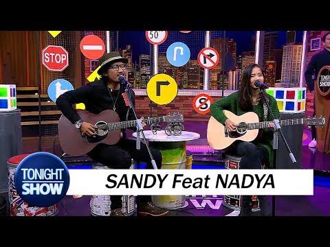 download lagu Sandy Canester Feat Nadya Fatira - Awalnya gratis