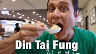 Din Tai Fung at Taipei 101: How to Eat Taiwanese Soup Dumplings!