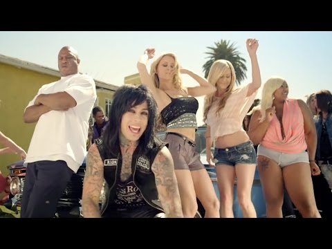 Falling In Reverse - good Girls Bad Guys video