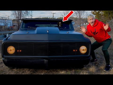 WE FOUND A HAUNTED GHOST CAR!!