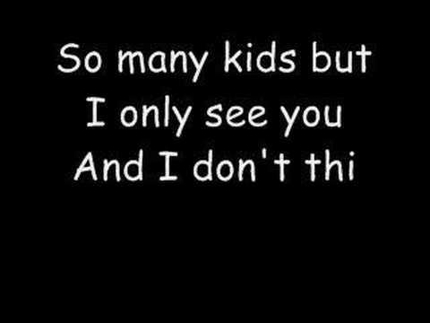 Fall Out Boy - Pretty In Punk