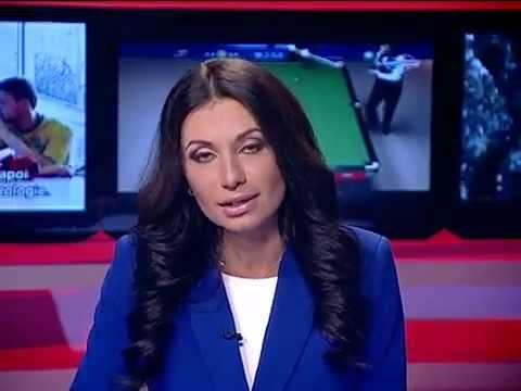 Красивая телеведущая отжигает в прямом эфире.