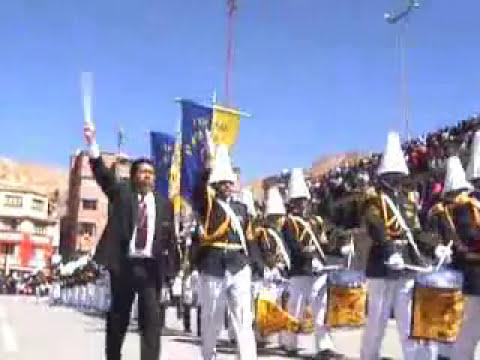 Banda Colegio Sainz - Oruro Bolivia (parte I)