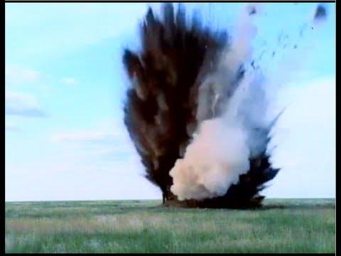 SS-N-26 Onyx Yakhont P-800 - Super Sunburn Missile - Amazing Footage