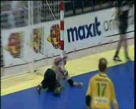 Handball Funny Goal in Finnish Cup Final 2007