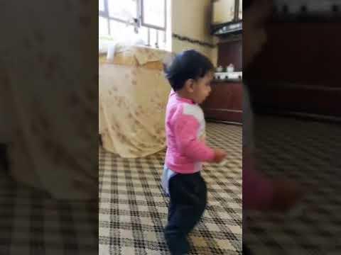 اجمل طفل يرقص رقص عراقي2018😍😍 thumbnail