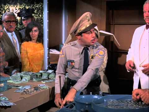 The Flying Nun The great Casino Robery part 1 s02e16