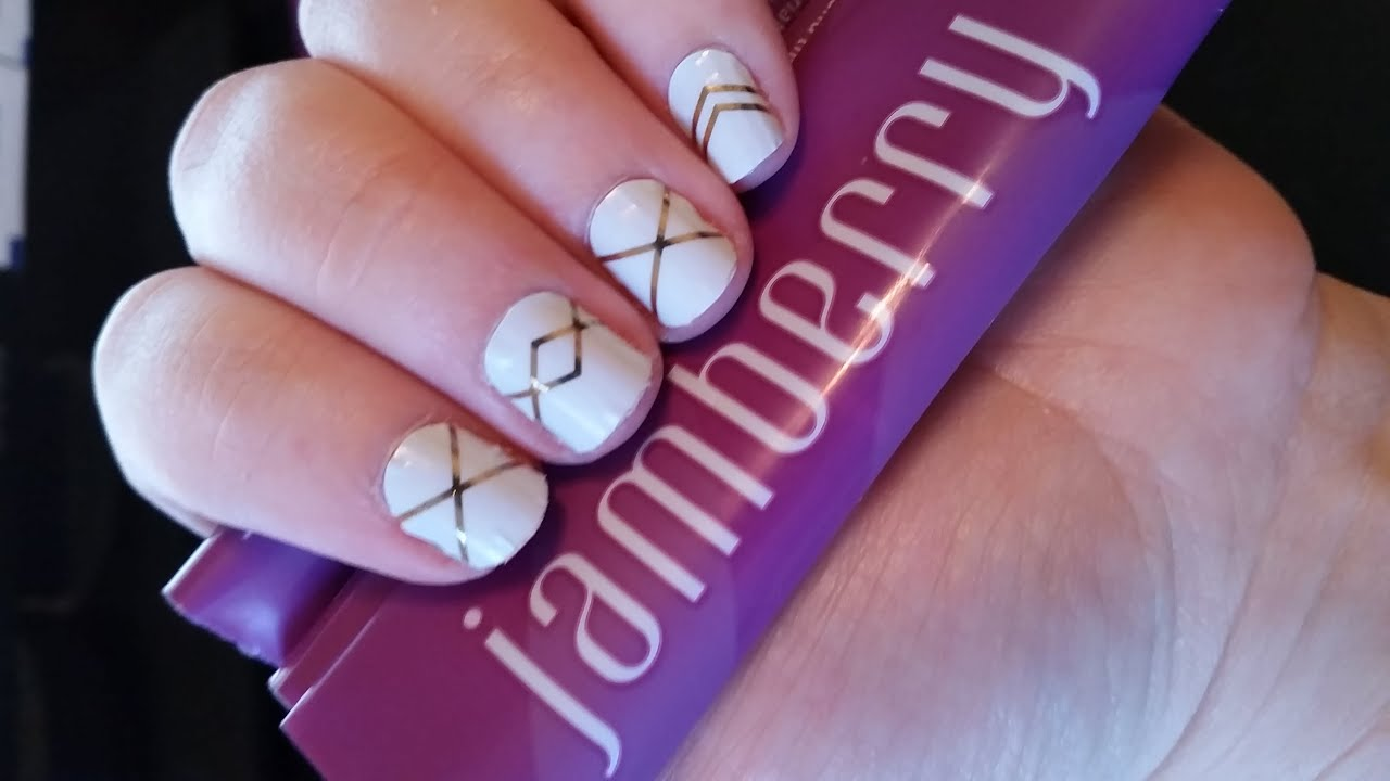 Nail Art Tutorial With Tape - 2018 images & pictures - Easy Nail Art ...