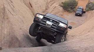 100 series landcruiser hells gate on hells revenge cruise moab 09