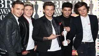 Brit Awards 2014 : Red Carpet Arrivals (One Direction and more)