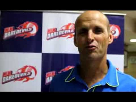 Gary Kirsten addresses fans before IPL 7 auction