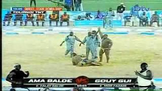 Lutte | Tournoi TNT - Victoire de Ama Balde sur Gouye Gui