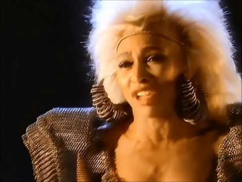Tina Turner - We Dont Need Another Hero (thunderdome)