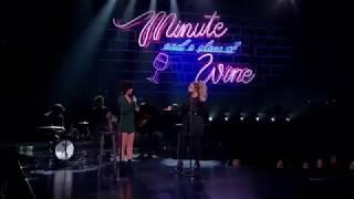 Kelly Clarkson and Lynnea Moorer duet 'Idontwannabeyouanymore' by Billie Eilish
