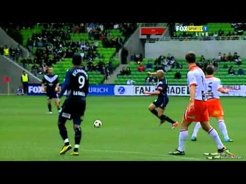 Kevin Muscat hit by sniper in the stands.