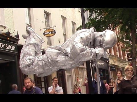 Download Lagu Silver man secret revealed London street performer, floating and levitating trick MP3 Free