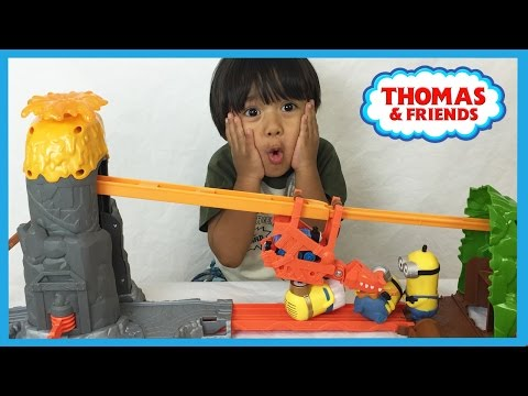 Ryan plays with Thomas and Friends NEW TAKE N PLAY Daring Dragon Drop