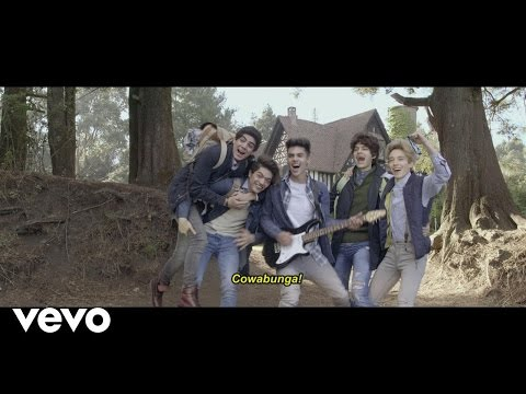 CD9 - Best Bad Move (Official Video)