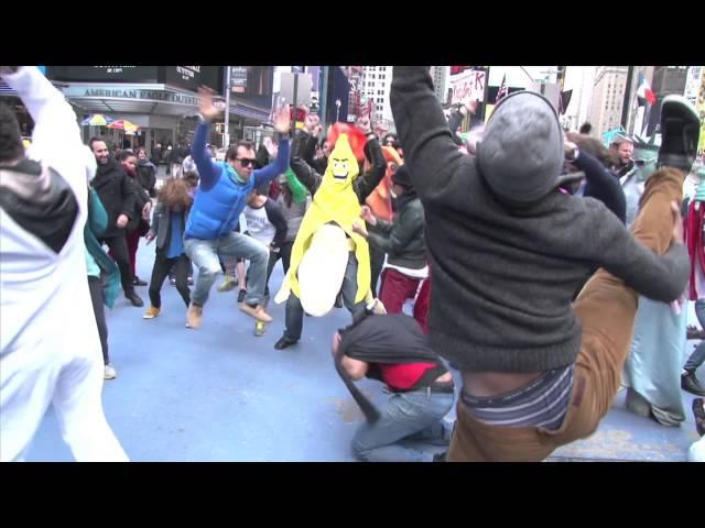 Black Ocean Harlem Shake - Times Square