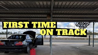 My first track day ever! | Ep022 - BMW e46 Track/Drift/Race car build