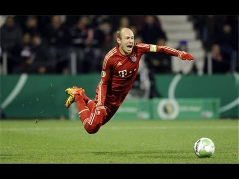 Arjen Robben dive vs Arsenal (13.03.2013)