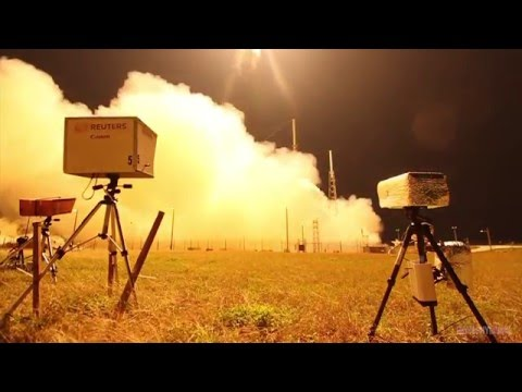 Photographers Set Up Remote Cameras for a Falcon 9 Rocket Launch