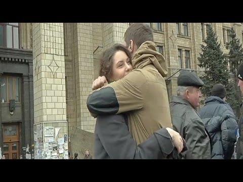 Трогательная история любви на Майдане | Критическая точка