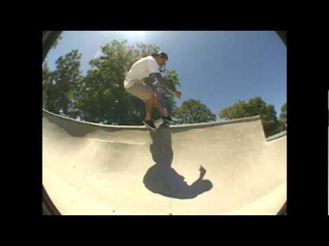 Gravity Skateboards - Vincent Sandoval - Park Sessions