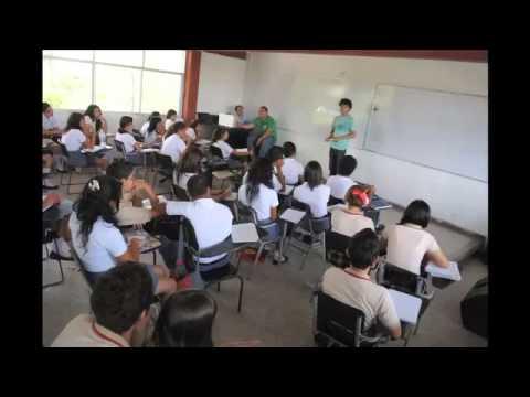 Otra promesa de Peña Nieto: nueva preparatoria oficial sin funcionar en Guanajuato.