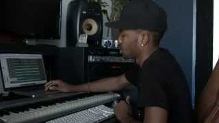 "Justin Bieber Video - Behind The Beat w/ Producer Chizzy Stephens: Justin Bieber & Khalil ""Playtime"""